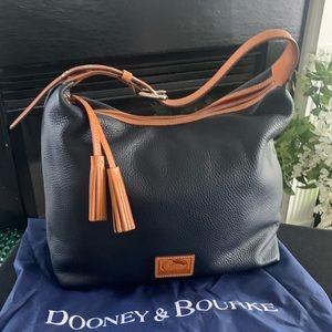 EUC Dooney & Bourke Patterson Leather Paige Hobo